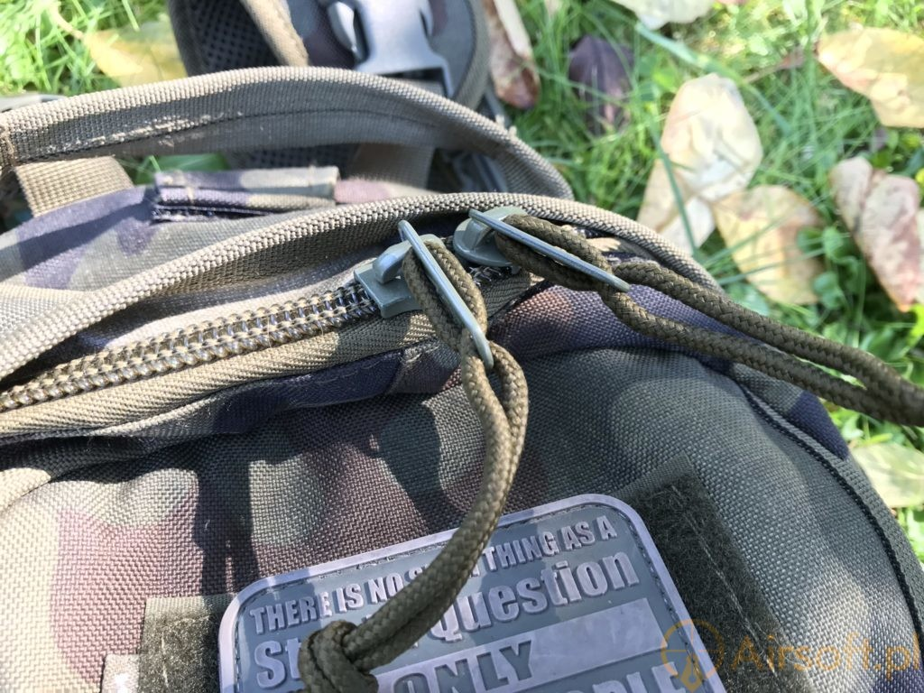 Wisport Sparrow 16 backpack materials