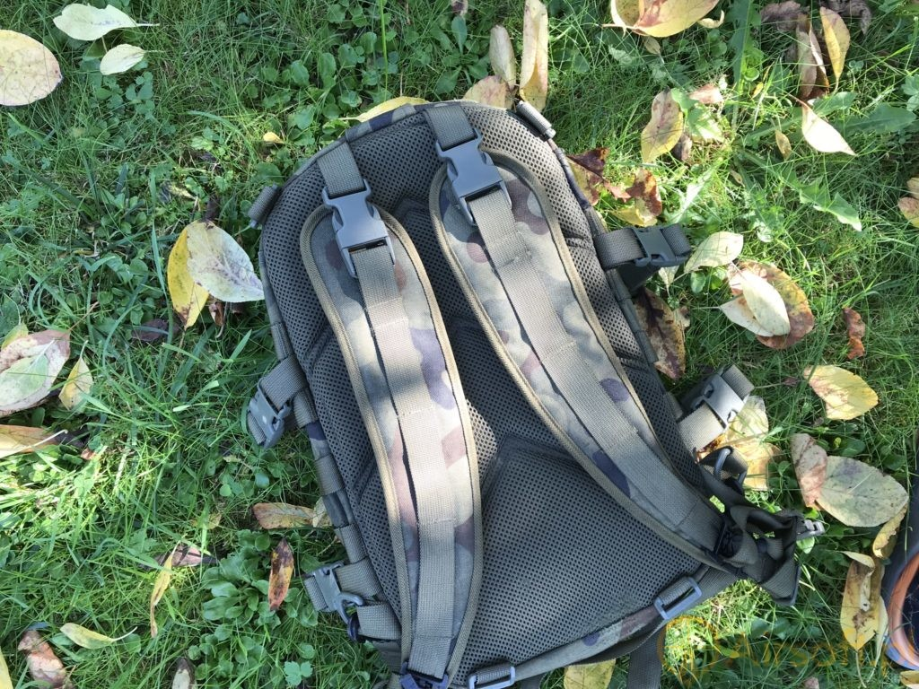 Wisport Sparrow 16 backpack carry system