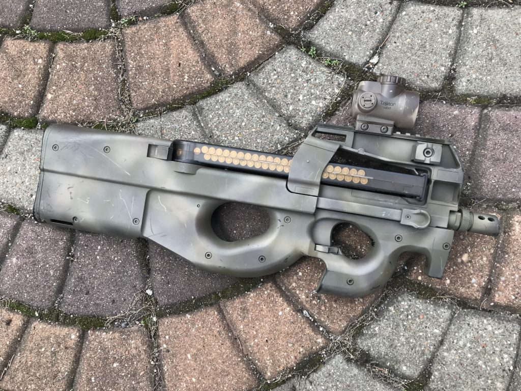 P90 airsoft replica from CYMA