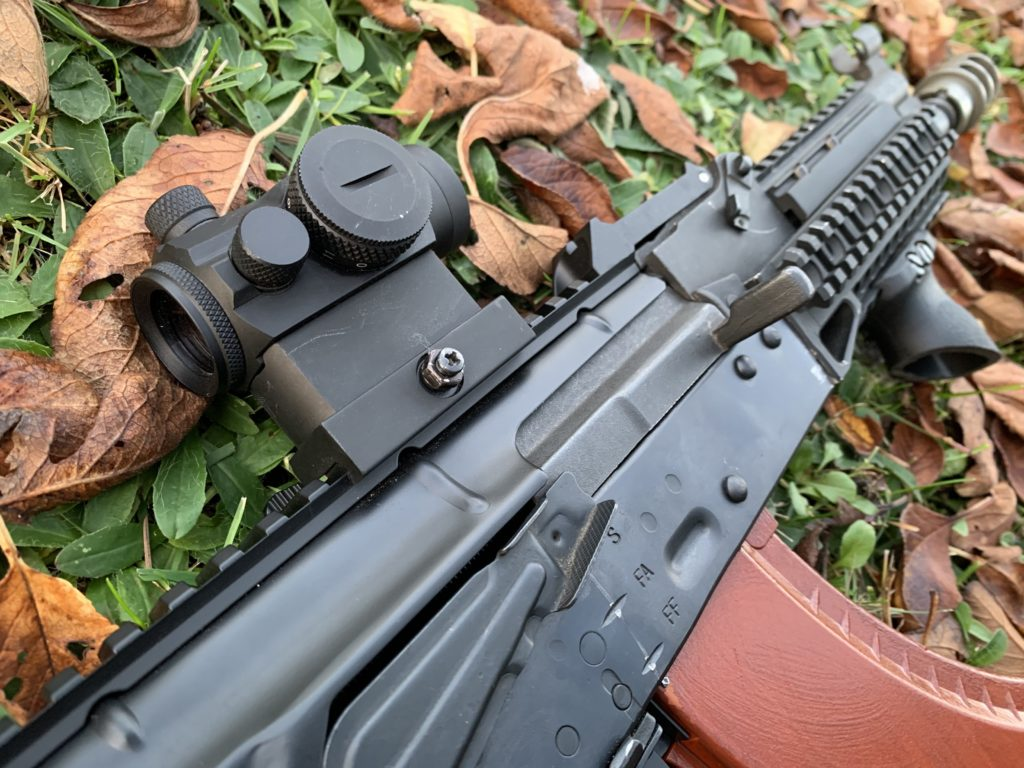 airsoft sigth on airsoft assault rifle