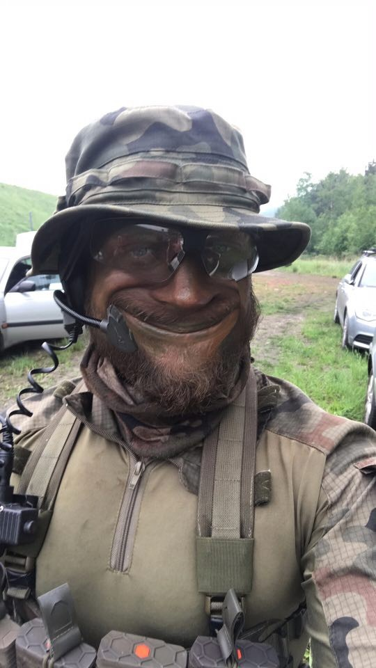 airsoft camouflage - face painting